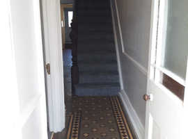 Rooms to let, near to Bridgend town centre.