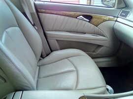 Mercedes E Class, 2004 (54) Black Saloon, Automatic Diesel, 128,265 miles