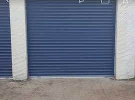 Large lockup garage Gillette Corner Syon Lane for long term rent.