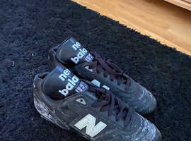 New balance rugby boots size 6