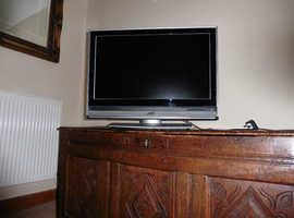 BARGAIN COLOUR TV FOR QUICK SALE