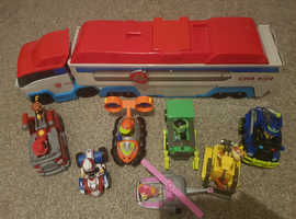 Paw Patroller with 7 Pups & Vehicles.