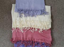 4 Pashmina shawls