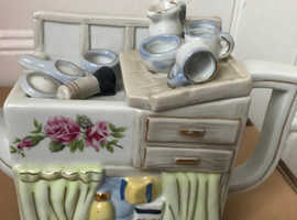 Novelty teapot - kitchen sink