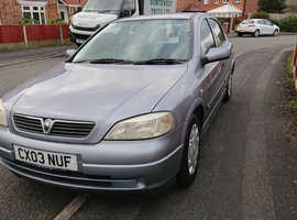 Vauxhall Astra, 2003 (03) Silver Hatchback, Manual Petrol, 112,000 miles