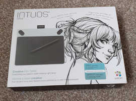 Wacom intuos Draw.  Digital tablet with pen.