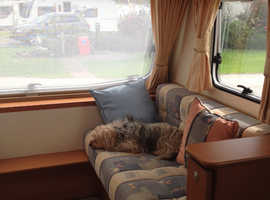 Lovely lightweight family caravan