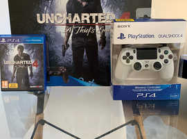 PlayStation 4 slim 500gb boxed with uncharted 4