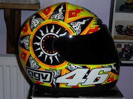 valentino rossi suzuka helmet brand new with extras MEDIUM