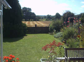Lovely 5-Bed detached house for sale