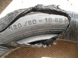 Very good Metzler Motorcycle Tyre - 120/90 18-65