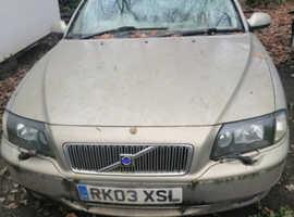 Volvo S80, 2003 (03) Gold Saloon, Manual Diesel, 226,178 miles spares or repairs