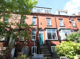 Lovely 4 bed Property in Burley Park, Leeds
