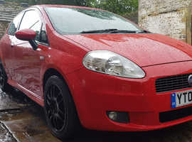 Fiat Grande Punto, 2006 (06) Red Hatchback, Manual Diesel, 84,306 miles