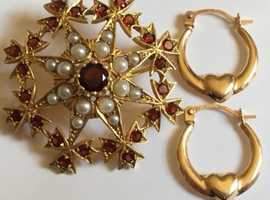 Ladies Jewellery 9ct Gold Seeded Pearl & Garnet Star Burst Brooch & 9ct Gold Hoop Earrings Fully Hallmarked 375.