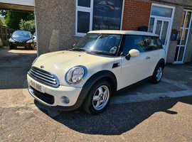 Mini MINI, 2011 (11) White Estate, Manual Petrol, 66,000 miles