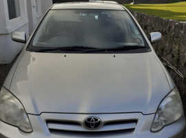 Toyota Corolla, 2006 (06) Silver Hatchback, Manual Diesel, 90,000 miles