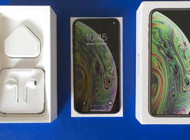 iPhone XS 64Gb Space Grey *Like New* + All Accessories + Warranty