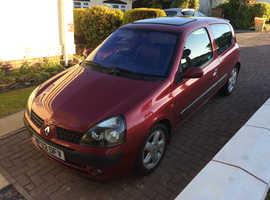 Renault Clio, 2002 (02) Red Hatchback, Manual Diesel, 172,000 miles