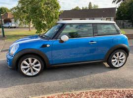 Mini MINI, 2011 (61) Blue Hatchback, Manual Petrol, 27,000 miles