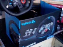 PlayStation 4 wheel an pedals