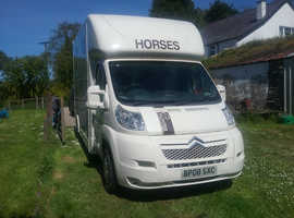 2 Stall 3.5 ton Citroen Relay 35 HDI Diesel 2.2L with Grooms' area & tack locker
