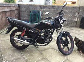 Sinnis Max2 125 motorcycle