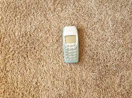Nokia 3410 mobile phone