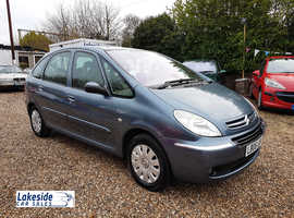 Citroen Picasso 1.6 Litre 5 Door MPV. Full Service History, New MOT (Dec 2020), One Owner From New.