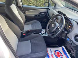 Toyota Yaris, 2018 (67) White Hatchback, Cvt , 71,000 miles