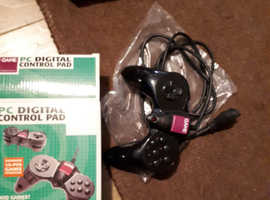 PC digital controller pad boxed like new