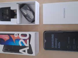 Samsung Galaxy A20e Dual Sim (Sim Free), boxed as new