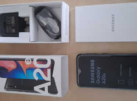 Samsung Galaxy A20e, Dual Sim (Sim free), boxed as new