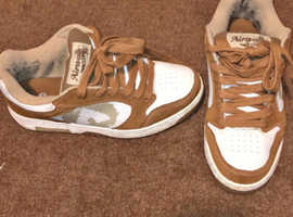 2 PAIRS OF SIZE 9 SHOES, AIRWALK & DIDORA £10 very comfy on wider feet just