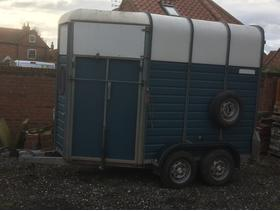 Wessex Trailer 2 x 16:2hh Front / Rear Unload