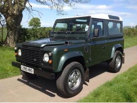 Land Rover 90 4C COUNTY D TURBO, 1993 (L) Green 4x4, Manual Diesel, 130,000 miles