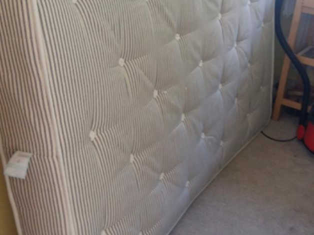 4′ 6″ Double mattress Free for collection in Christchurch