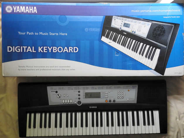 Yamaha YPT-200 Digital Keyboard, Boxed/complete/unused, collect or FREE  local delivery in Chathill