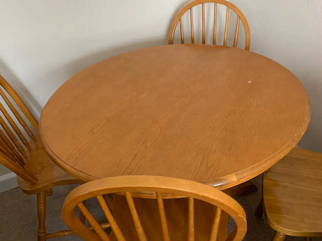 Dining table and chairs in Orpington