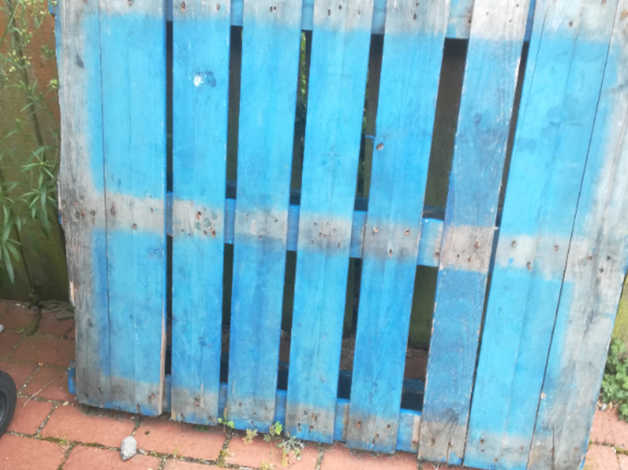 Free wooden pallet in Eastleigh