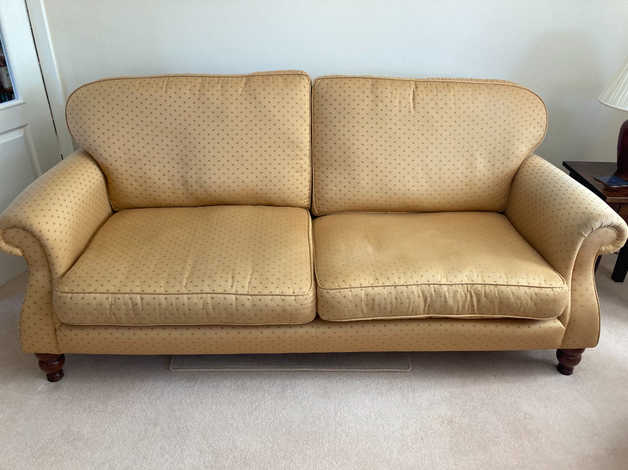 Sofa and 2 Armchairs in Gosport