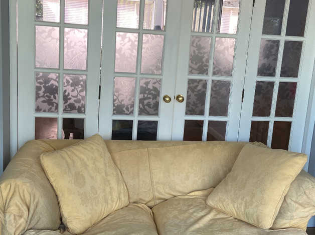 Sofa free in Hillingdon