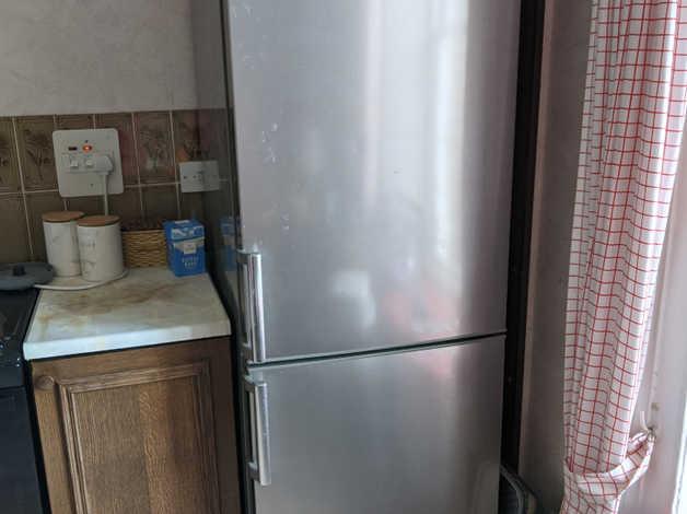 Kenwood KFC6015 series fridge/freezer steel colour in Millbrook