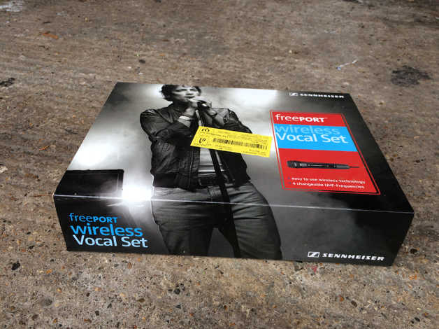 Sennheiser Freeport Vocal Set Wireless Microphone and Receiver UHF in  Reading