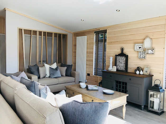 stunning lodges for sale. nr luton,london,milton keynes ,kettering in northampton, northamptonshire freeads