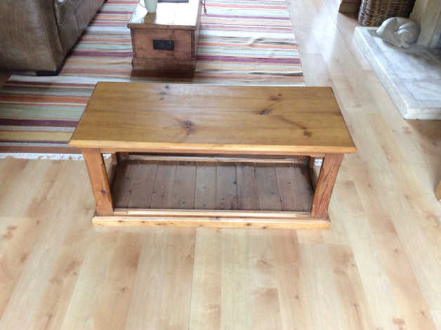 Pine coffee table in Crowthorne
