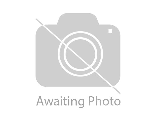 White oak TV stand, v.good condition. in Crowthorne