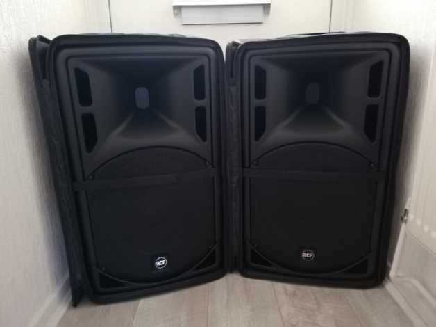 RCF 312A MK4 ACTIVE SPEAKERS (PLUS RCF COVERS) in Barry Barri